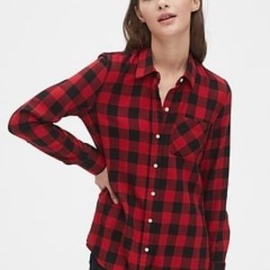 GAP Plaid Button Up - new without tags